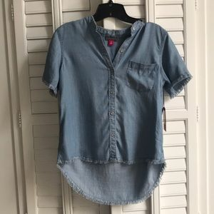 NWT Vince Camuto denim button down top